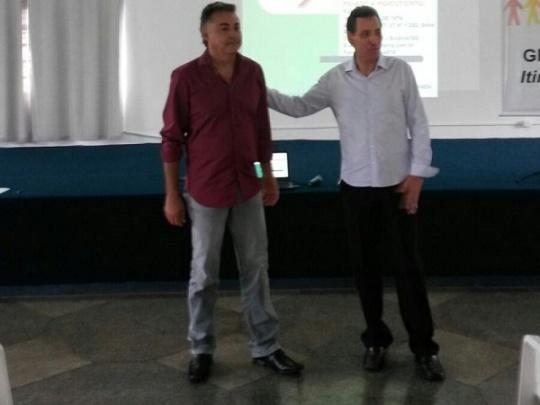 Presidente do Soego, José Augusto Milhomem, com o tesoureiro do CROGO, Aldemiro Nunes Martins. (Foto: CROGO)